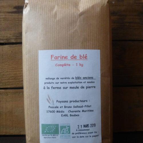 Farine de blé complète de l'EARL Boubes
