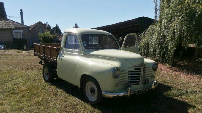 Renault Prairie Colorale de 1952